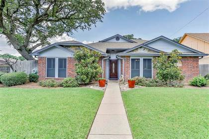 Residential for sale in 6405 Rockland Drive, Arlington, TX, 76016