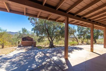 Residential Property for sale in 4049 W F. Bond Road, New River, AZ, 85087