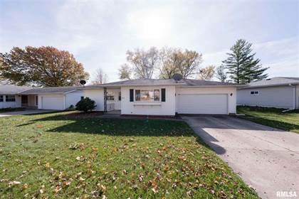 Residential for sale in 2606 W NOTTINGHAM Place, Peoria, IL, 61614