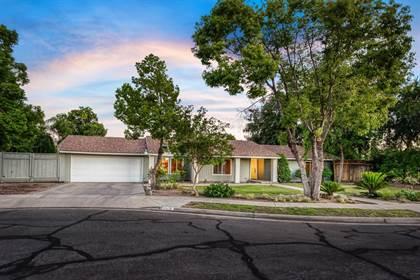 Residential for sale in 6905 E Lane Avenue, Fresno, CA, 93727