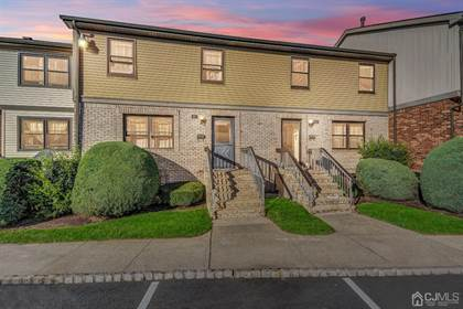 Residential Property for sale in 611 Maple Hill Drive 611, Woodbridge Township, NJ, 07095