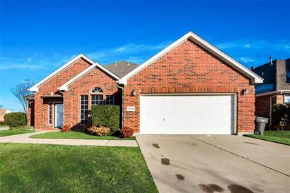 Residential for sale in 4516 Pine Bluff Court, Fort Worth, TX, 76123