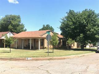 Residential Property for sale in 511 Avenue H SE, Childress, TX, 79201