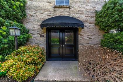Residential Property for sale in 7714 Royal Lane 110, Dallas, TX, 75230