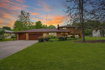 Residential for sale in 1012 Mcnaughten Road, Columbus, OH, 43213
