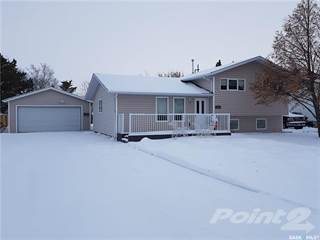 Residential Property for sale in 425 Park AVENUE, Melfort, Saskatchewan, S0E 1A0