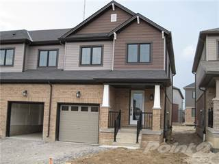 Townhouse for rent in 10 Scarlettwood Street, Hamilton, Ontario