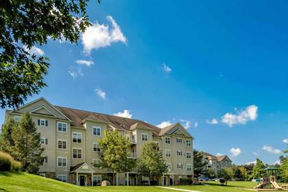 Apartment for rent in 1 Saucon View Drive, Bethlehem, PA, 18015