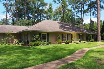 Residential Property for sale in 509 Westover Dr, Mccomb, MS, 39648