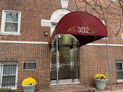Residential Property for sale in 302 Longacre Avenue D3, Woodmere, NY, 11598