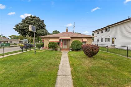 Residential Property for sale in 5703 N 76th St, Milwaukee, WI, 53218