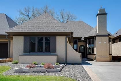 Residential for sale in 1949 Fulham Street, Roseville, MN, 55113