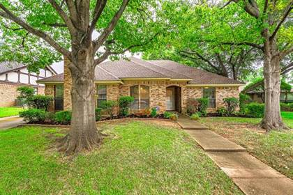 Residential Property for sale in 2715 Wooded Acres Drive, Arlington, TX, 76016