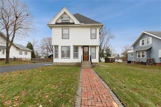 Single Family for sale in 211 3rd St E, Newhall, IA, 52315