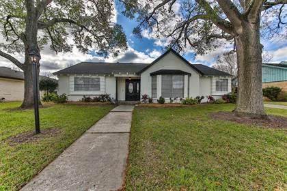 Residential for sale in 1810 San Sebastian Lane, Houston, TX, 77058