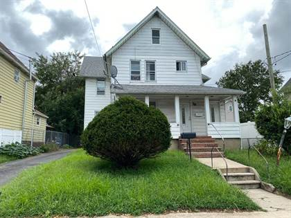 Multifamily for sale in 78 Lockman Ave, Staten Island, NY, 10303
