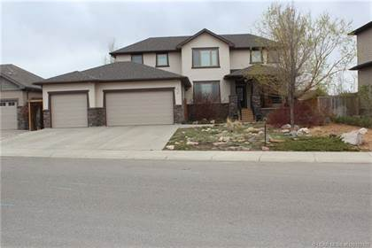 Residential Property for sale in 143 Canyoncrest Point W, Lethbridge, Alberta, T1K 5C6