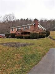 Single Family for sale in 132 MOUNTAIN EDGE DRIVE, Beaver, WV, 25813