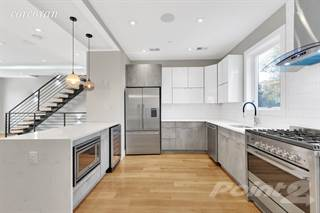 Townhouse for sale in 280 Patchen Avenue, Brooklyn, NY, 11233