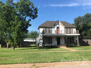 Residential Property for sale in 510 Avenue F SE, Childress, TX, 79201
