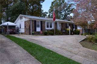 Single Family for sale in 2504 Four Seasons Boulevard, Greensboro, NC, 27407