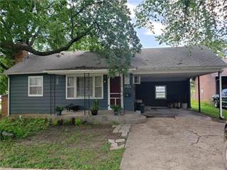 Single Family for sale in 345 W 1st Street, Garnett, KS, 66032