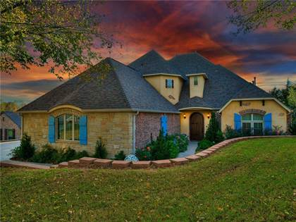 Residential for sale in 10709 Wesley Circle, Oklahoma City, OK, 73151