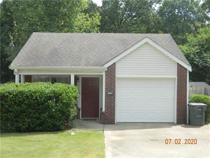 Residential Property for sale in 3152 Parkway  DR, Fayetteville, AR, 72704