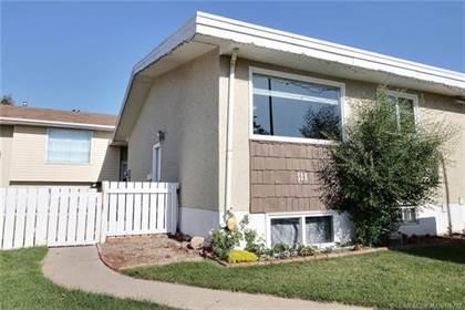 Residential Property for sale in 511 26 Street N 3, Lethbridge, Alberta, T1H 3W3