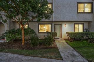 Condo for sale in 3055 Kelp Lane, Oxnard, CA, 93035