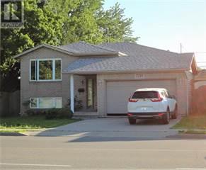 Single Family for sale in 2211 DOMINION, Windsor, Ontario, N9B3J1