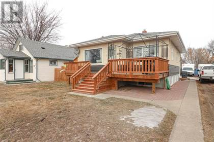 Single Family for sale in 1214 Elm Street SE, Medicine Hat, Alberta, T1A1C7