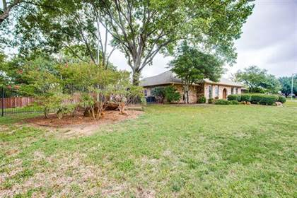 Residential for sale in 5409 Dana Point Drive, Arlington, TX, 76017