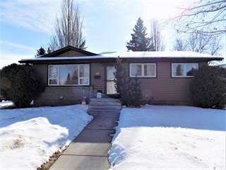 Residential Property for sale in 401 Tache CRESCENT, Saskatoon, Saskatchewan, S7L 5G5