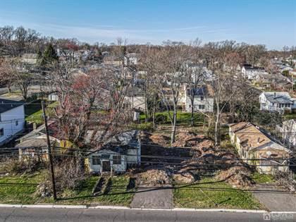 Residential Property for sale in 1644 Oak Tree Road, Edison, NJ, 08820