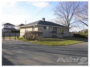 Residential Property for sale in 2900 JOCKVALE RD, Ottawa, Ontario