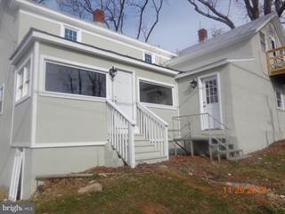 Apartment for rent in 10026 CREST HILL APARTMENT 2, Marshall, VA, 20115