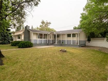 Residential Property for sale in 1202 13 Street S, Lethbridge, Alberta, T1K 1S9