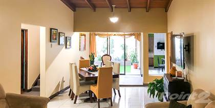 Multifamily for sale in Three-room house and apartment by Metrocentro, Cartago, Cartago