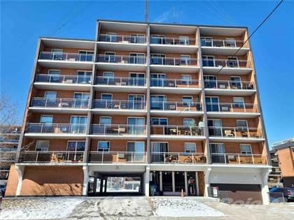 Condominium for sale in 30 SUMMIT Avenue 406, Hamilton, Ontario, L8V 2R8
