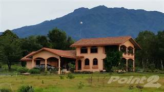 Residential Property for sale in Price Reduction! Panama House for Sale with Creek and Volcan Baru View, Dolega, Chiriquí