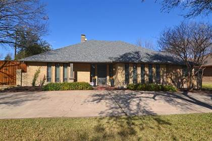 Residential Property for sale in 9101 Windy Crest Drive, Dallas, TX, 75243