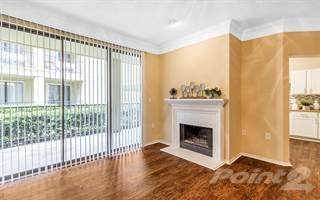 Apartment for rent in Round Grove Apartments - Sycamore, Lewisville, TX, 75067