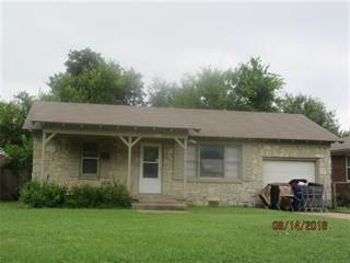 Single Family for sale in 1908 Downing Street, The Village, OK, 73120