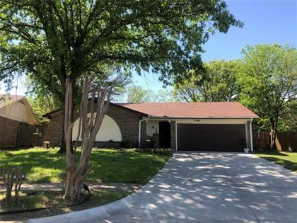 Residential Property for sale in 3300 Andrea Drive, Arlington, TX, 76014