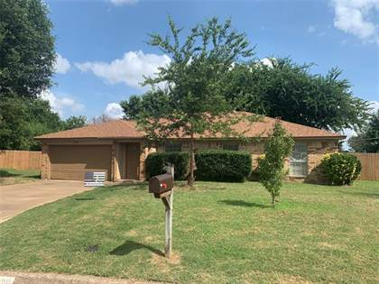 Residential Property for sale in 4100 Maple Springs Drive, Arlington, TX, 76001