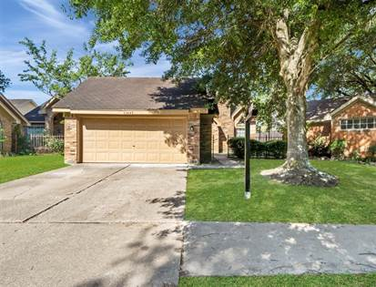 Residential for sale in 11447 W Travelers Way Circle, Houston, TX, 77065
