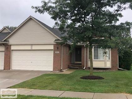 Residential Property for sale in 28200 Cottonwood Ct, Greater Mount Clemens, MI, 48047