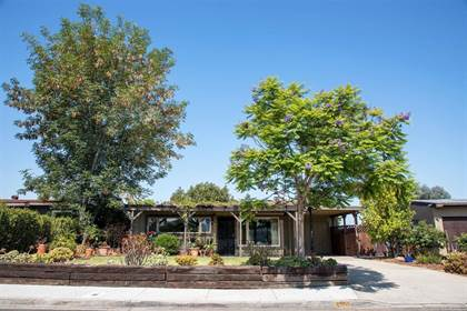 Residential for sale in 4126 Donna Avenue, San Diego, CA, 92115