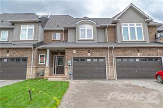 Townhouse for rent in 13 Pinot Crescent, Stoney Creek, Ontario